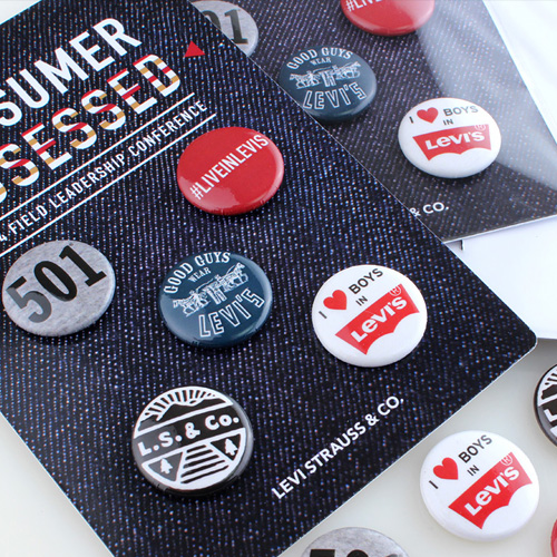 Custom Buttons, Magnets, Zipper Pulls - Custom Promotional